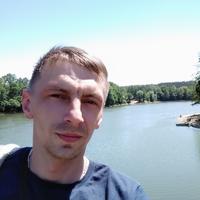 Олег Захаренко