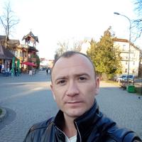 Илья Токарь