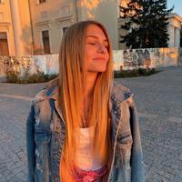 Евгения Стоцкая