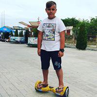 Дмитрий Плющ