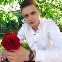 Евгений Адамовський